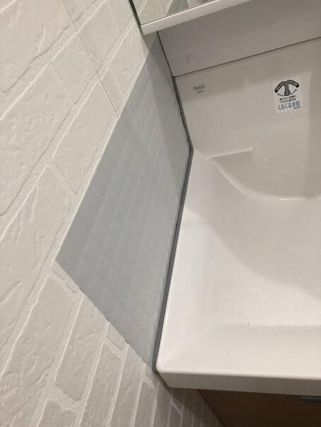 トップバッカーで洗面台脇の隙間を埋めたところ