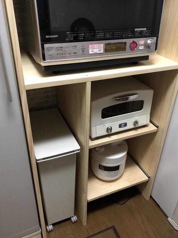キッチン棚のゴミ箱収納部分